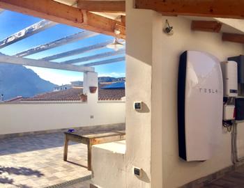 impianto fotovoltaico con accumulo Tesla Powerwall