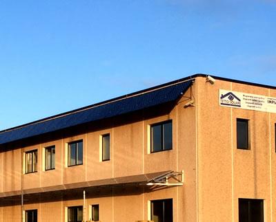 Pensilina fotovoltaica e frangisole per una potenza di 20kW con moduli Sunpower in fase di costruzione della Tetto Solare - Prato Sardo Nuoro