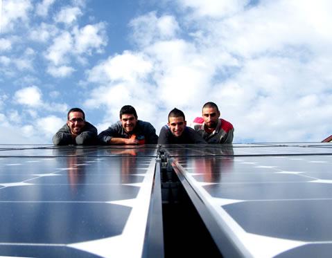 Squadra di installatori della Tetto Solare